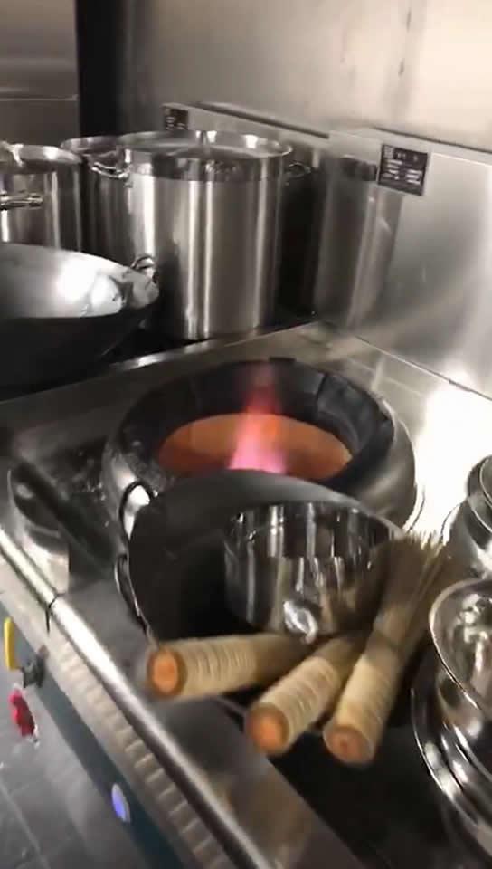食堂煤气灶