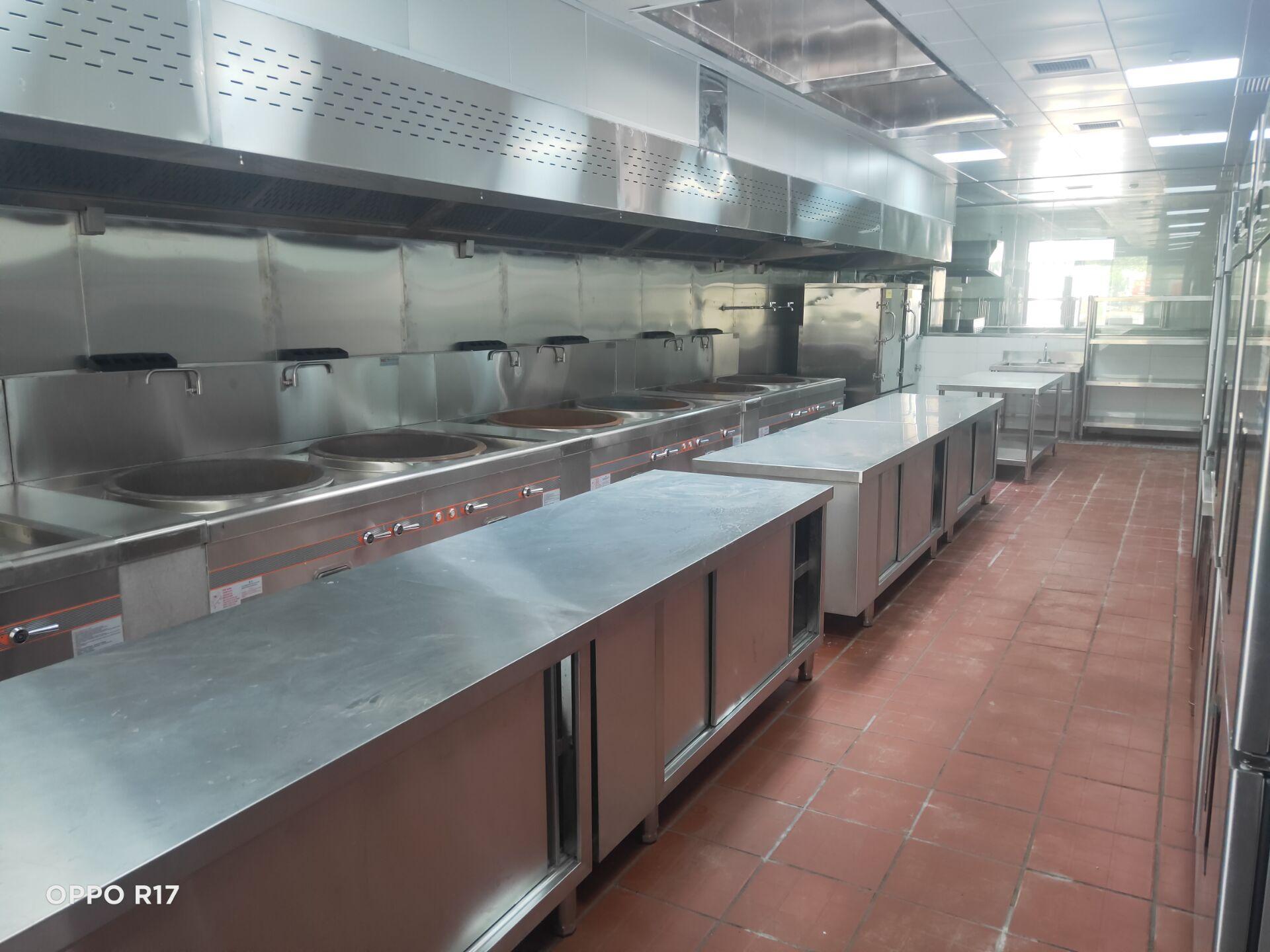 航头护理院厨房不锈钢操作台设备