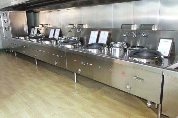 亚朵酒店(祁连山路店)厨房不锈钢操作台设备